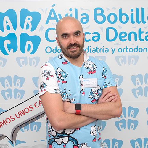 Dr. Jorge Fernández, Odontopediatra y Ortodoncista